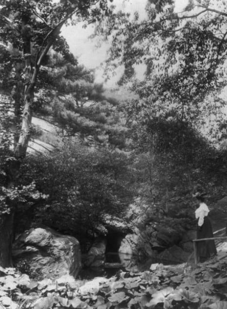 Woman and child in the Ramble, 1905
