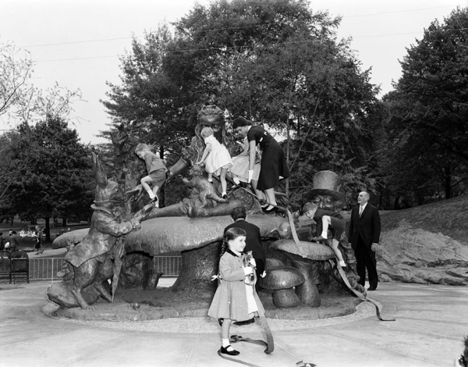 Unveiling of Alice in Wonderland, 1956