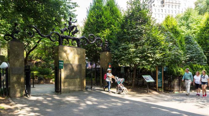 Paul Manship's Lehman Gates