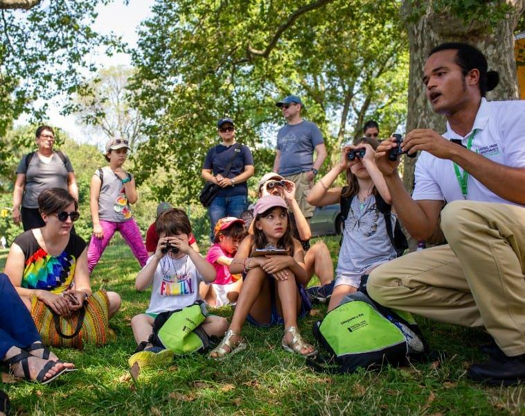 A Conservancy guide shows kids how to use binoculars