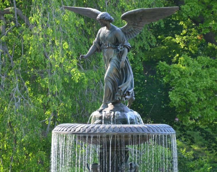 The fountain at Bethesda Terrace in summer