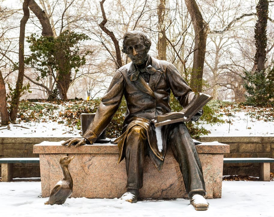 Lewis Carroll statue in winter